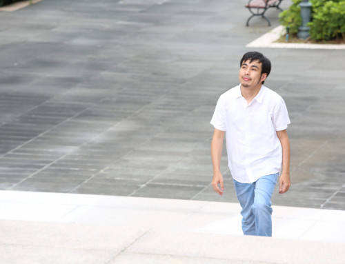 Ng Hou Man: A Poet Who Documents His Life Experience with Words